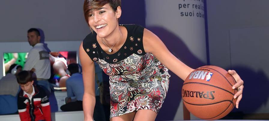 """Alice Sabatini, dal parquet alle passerelle: """"Ma il vero amore è sempre il basket"""""""