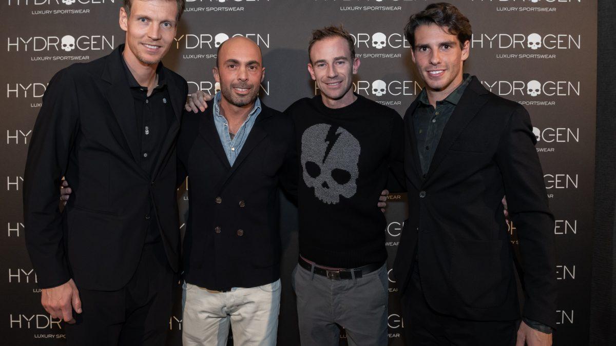 Tomas Berdych nuovo testimonial  della collezione Hydrogen Tennis