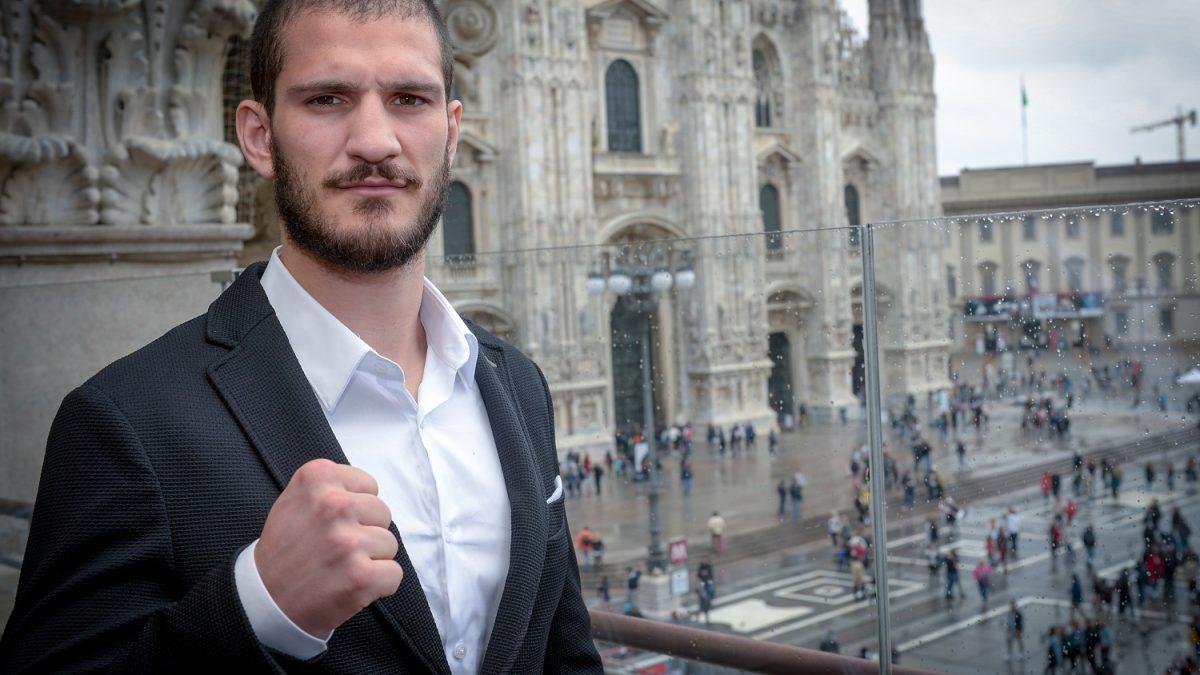 Dario Morello sul ring del Palalido per il titolo Global WBO